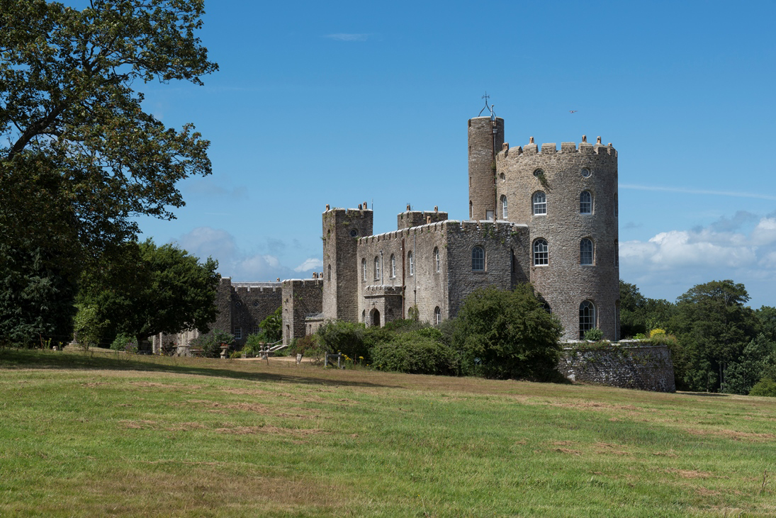 Norris Castle Uavend Property And Leisure